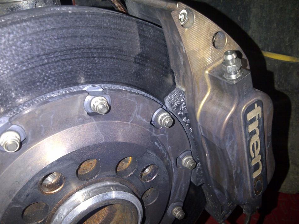 Полностью карбоновые тормоза – диск и колодки