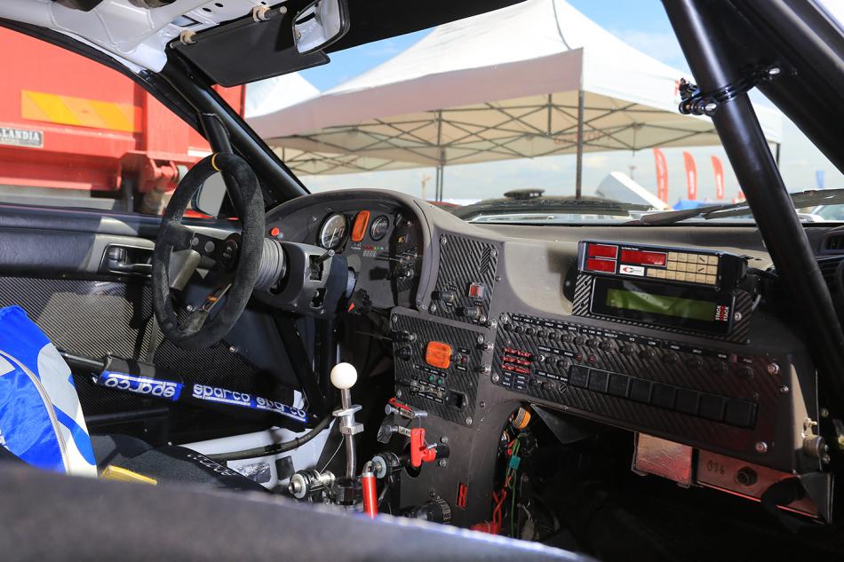 интерьер Toyota Celica Turbo 4WD (ST185)