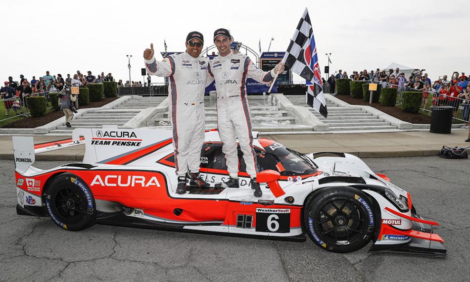 Хуан-Пабло Монтойя и Дейн Кэмерон, гонщики Penske в IMSA