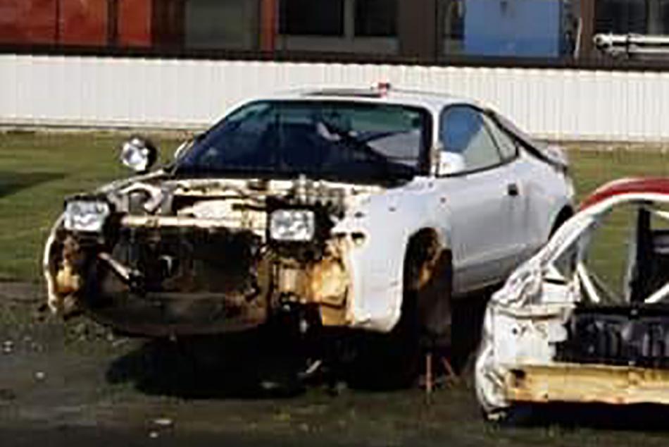 разбитый автомобиль Toyota Team Europe